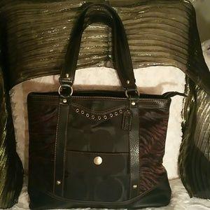 Georeous! Authentic Coach Bag
